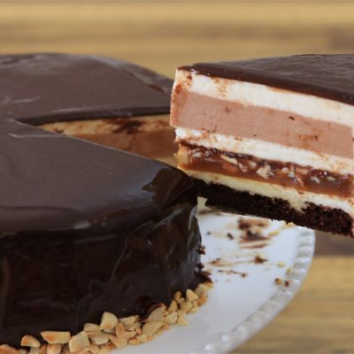 Snickers Mousse Cake