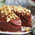 طرز تهیه کیک شکلات و گردو