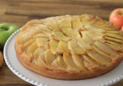 کیک سیب واورونه