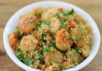 طرز تهیه برنج گل کلم و میگو
